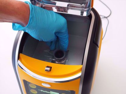 Test analyser enables in-situ lab standard testing of fuel oils at sea or on land.